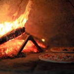 Mobile woodfired pizza's – let us cook at your venue